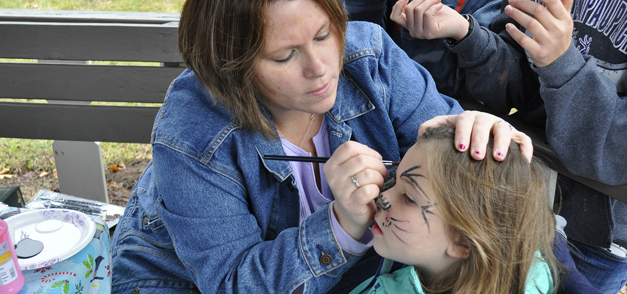 Hawley Winterfest face painting